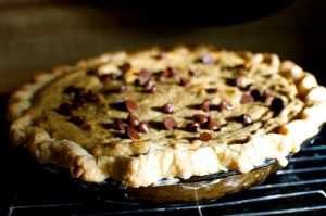 Chocolate-Chip-Cookie-Dough-Pie-by-Namely-Marly